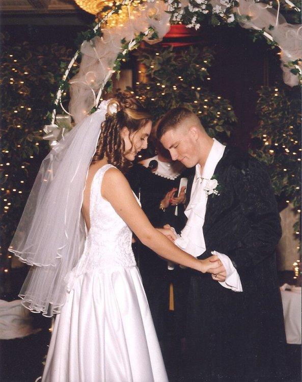 Wedding.thumb.jpg.3f44785739b37b46fc5ada64a0062246.jpg