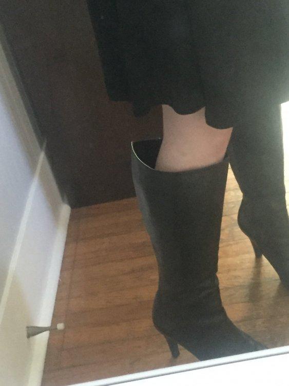 boots.thumb.JPG.2decfbe48fc1df1f5a5dd8375075ba21.JPG