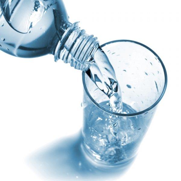 plastic_water_bottle.jpg