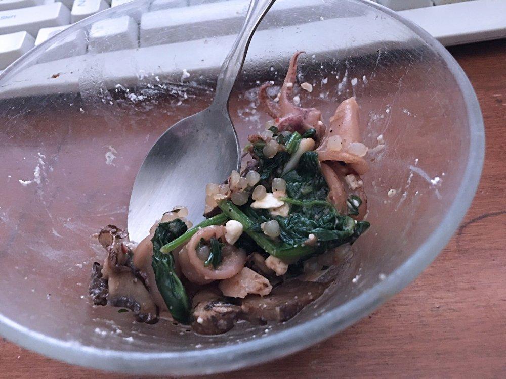 calamari-mushrooms-spinach-shir-rice_3856web.thumb.jpg.63413b4139d051275bd9024518650b31.jpg
